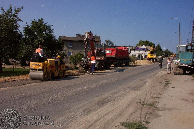 Na Szosie Bytowskiej trwały prace związane z remontem nawierzchni.