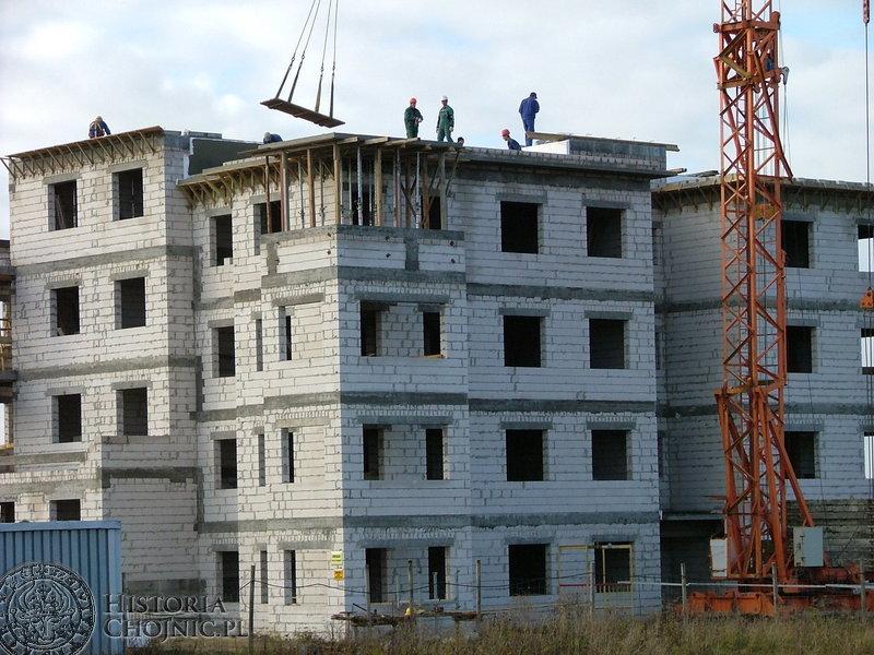 Przy ulicy Kartuskiej wyrósł siódmy budynek, którego właścicielem jest Chojnickie Towarzystwo Budownictwa Społecznego.
