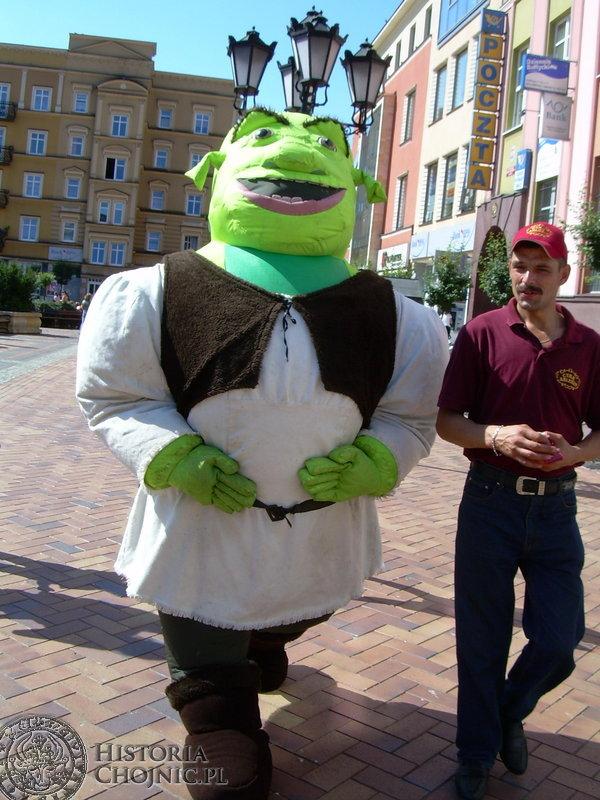 Chojniczanie tak pragnęli nowych przygód sympatycznego ogra, iż Shrek we własnej osobie zmaterializował się na chojnickim rynku.