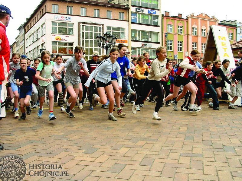 449 zawodników wzięło udział w 12 edycji Chojnickiej Mili.