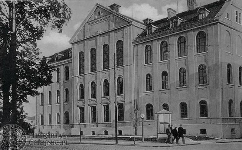 Gmach szkoły ludowej. Ok. 1910 r.