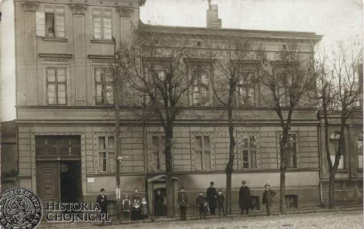 Mieszkańcy kamienicy. Ok. 1913 r.