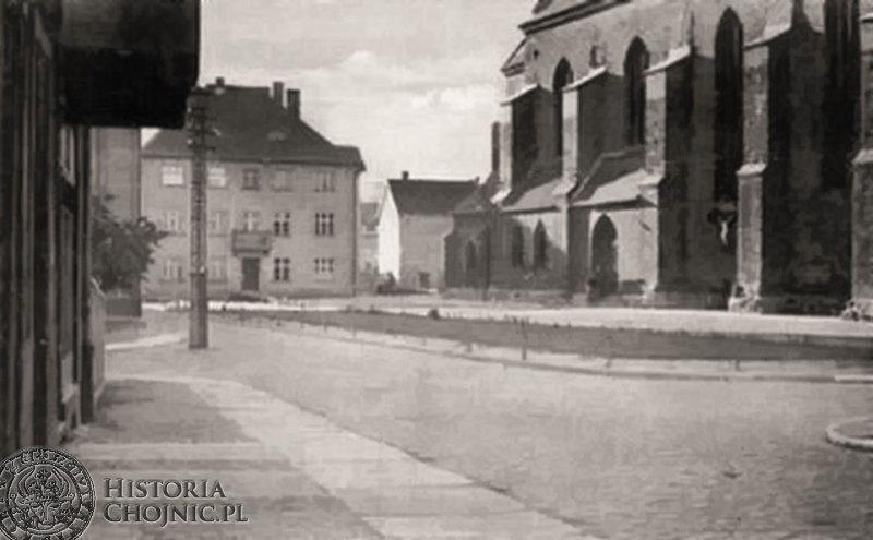 Plebania i pl. kościelny, widok z 1935 r.