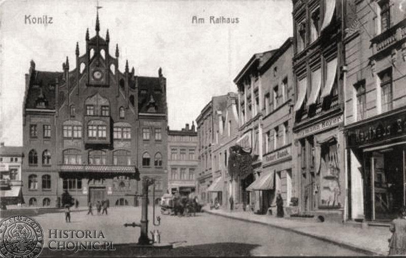 Ratusz i kamienice przy rynku. Ok. 1917 r.
