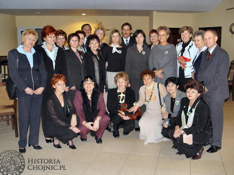Dżentelmeni Roku 2004 w gronie kobiet sukcesu, które przyznały tytuł.
