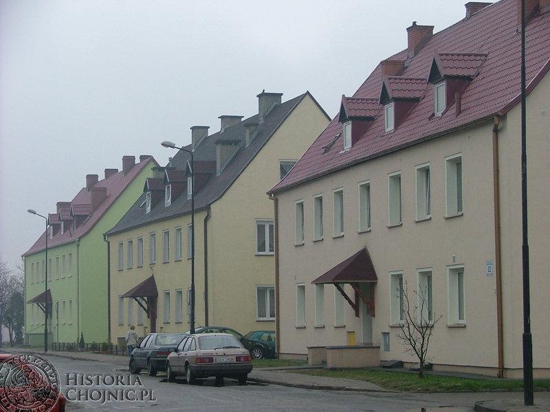 Nową elewację, okna oraz dach zyskały budynki przy ulicy Żwirki i Wigury należące do ZGM.