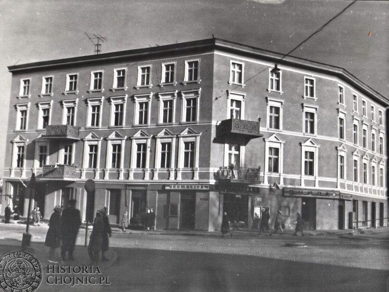 Kamienica przy ul. Sukienników. L. 70.