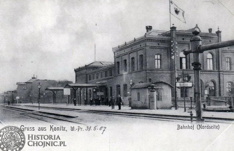 Widok na peron i budynek dworocowy, ok. 1907 r.