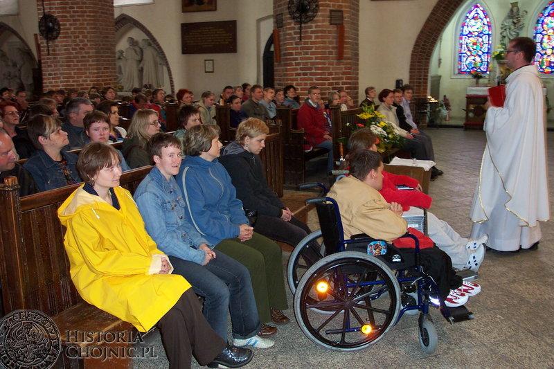 W Bazylice Mniejszej w Chojnicach niepełnosprawni modlili się za duszę Ojca Świętego.