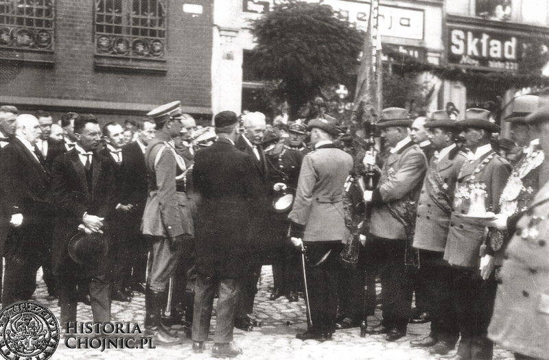 Bractwo Kurkowe z Chojnic podczas powitanie I. Mościckiego .1927 r.