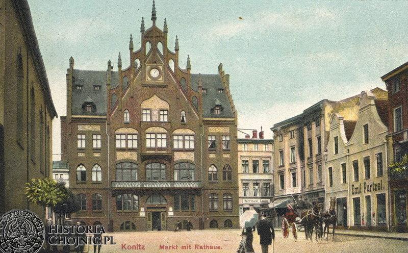 Ratusz i sąsiedne kamienice. Ok. 1905 r.