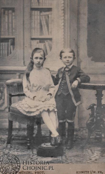 Fotografia wykonana w zakladzie fot. A. Munzela. w Chojnicach.
