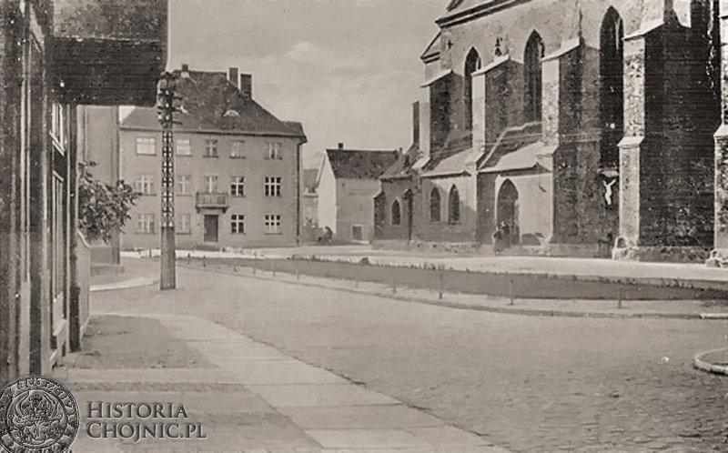 Chojnice. Plac kościelny. Ok. 1943 r.