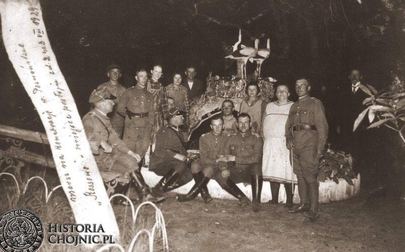 Kadra i podoficerowie Batalionu podczas postoju w Kossowie, w marszu na koncentrację w poznańskie. Sierpień 1929 r.