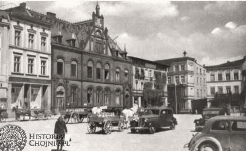Widok na budynek poczty i fragment rynku, ok. 1935 r.