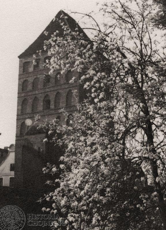 Widok na bramę Człuchowską. L. 30.