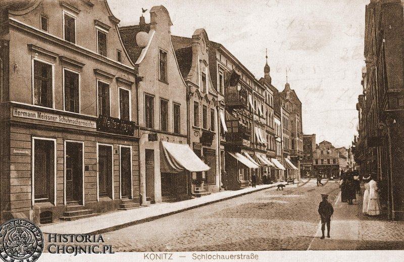 Widok na kamienice od strony ul. Człuchowskiej.