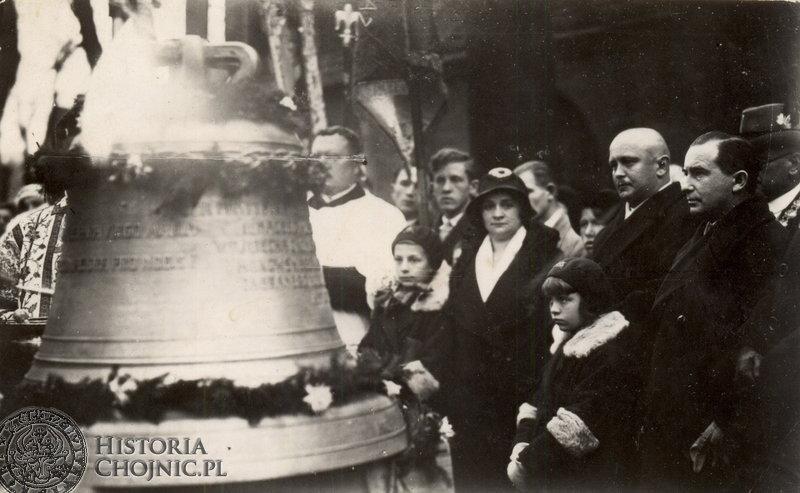 Antoni Kaźmierski ufundował dzwon dla kościoła p.w. św Jana Chrzciciela.