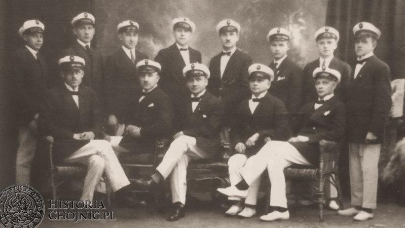 Członkowie Chojnickiego Klubu Żeg;larskiego. Maj 1926 r.