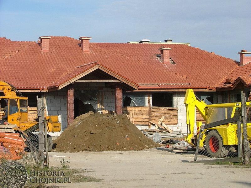 Wznowiono budowę obiektu dydaktycznego Zespołu Szkół Specjalnych przy ulicy Jana Pawła II.