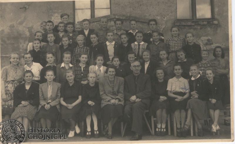 Lata 1945- 1959 Chór szkolny.