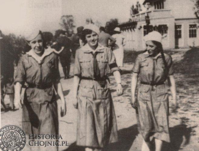 Harcerki chojnickiego hufca. Charzykowy - czerwiec 1935 r.
