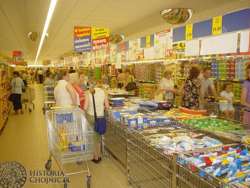 W Chojnicach otwarto Lidl - kolejny z marketów w naszym mieście.