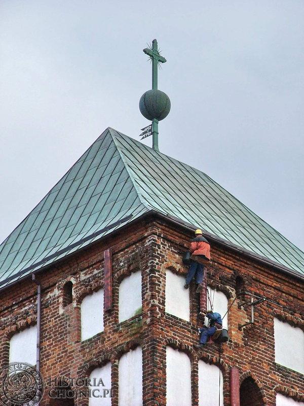 Prace związane z restauracją obiektów dziedzictwa kulturowego, jakim jest Bazylika Mniejsza w Chojnicach.