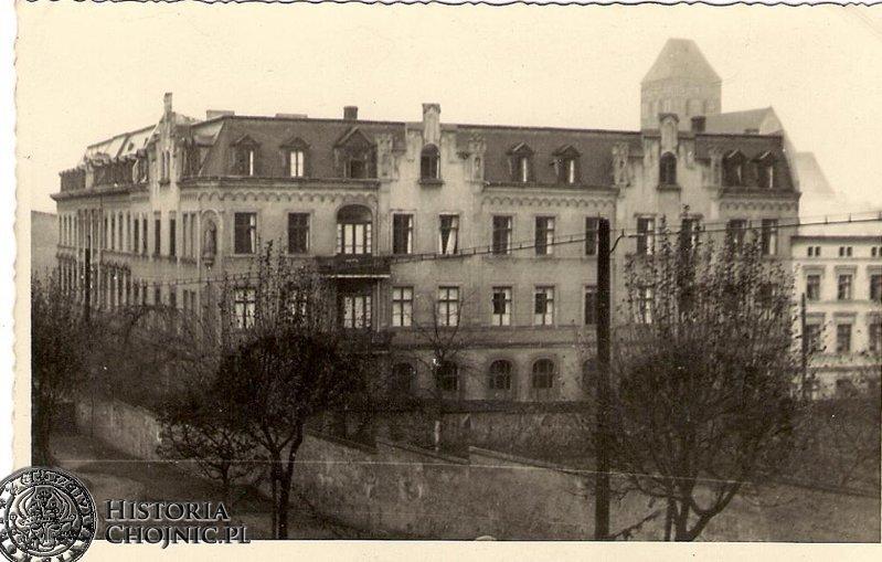 Zabudowania zakladu św. Boromeusza. Ok. 1919 r.