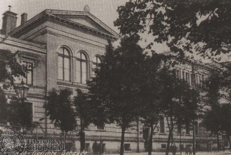 Budynek sądu od strony ul. Strzeleckiej. Ok. 1905 r.