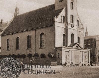 Kościół p.w. św Trójcy stał na rynku przez 320 lat.
