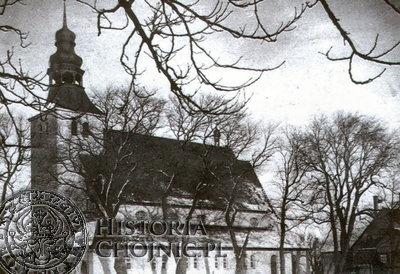 Widok na kościół w Nowej Cerkwi ok. 1915 r.